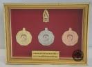 เหรียญ ตราสัญลักษณ์ ที่ระลึกการแข่งขันเคมีโอลิมปิกระดับนานาชาติครั้งที่ 8