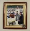 ภาพสมเด็จพระเทพรัตนราชสุดาฯ สยามบรมราชกุมารี กำลังลงนามในสมุดเยี่ยม